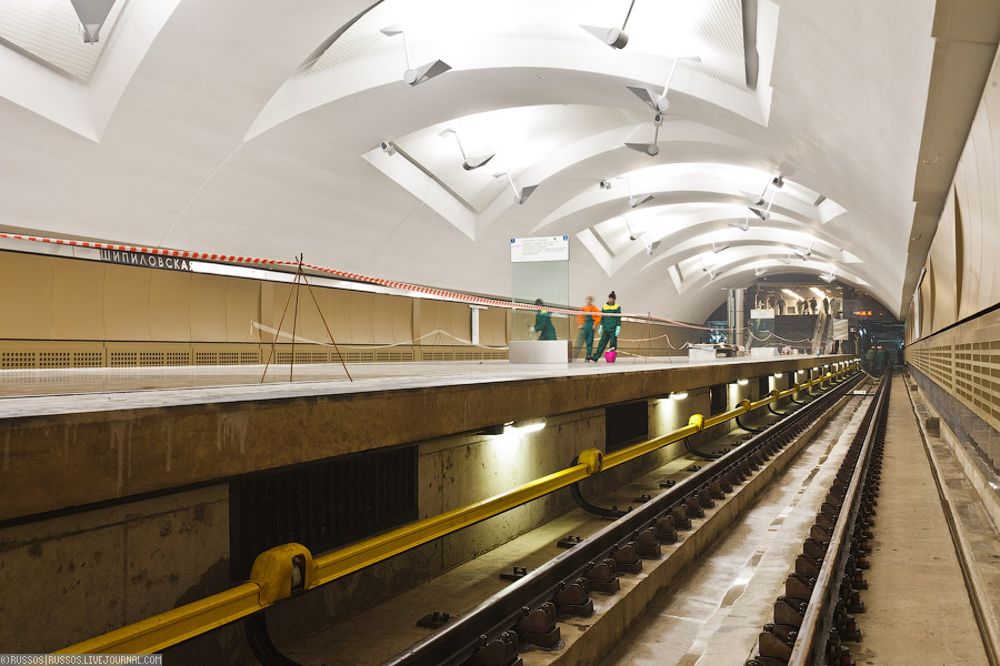 Line 10. Station 'Shipilovskaya'. ©Photo A.Popov (Russos), 2011