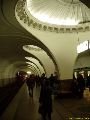 Line 2. Station 'Sokol'. ©Photo Yu.Gridchin, 2006